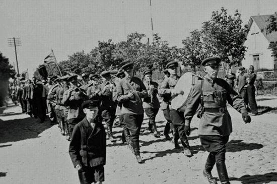 sovjetiska-soldater